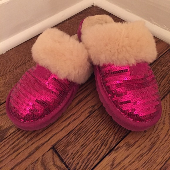 f34b8995d9d Girls (kids) Ugg Hot Pink Dazzle Slippers
